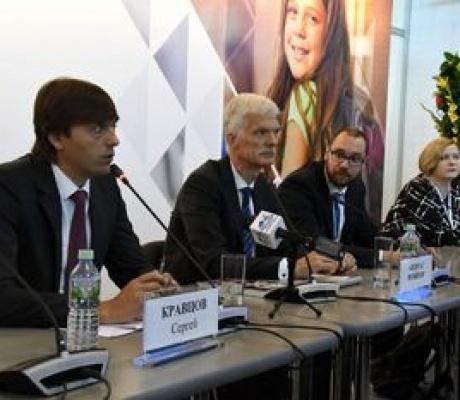 Глава PISA Андреас Шляйхер в рамках конференции Рособрнадзора презентовал свою книгу